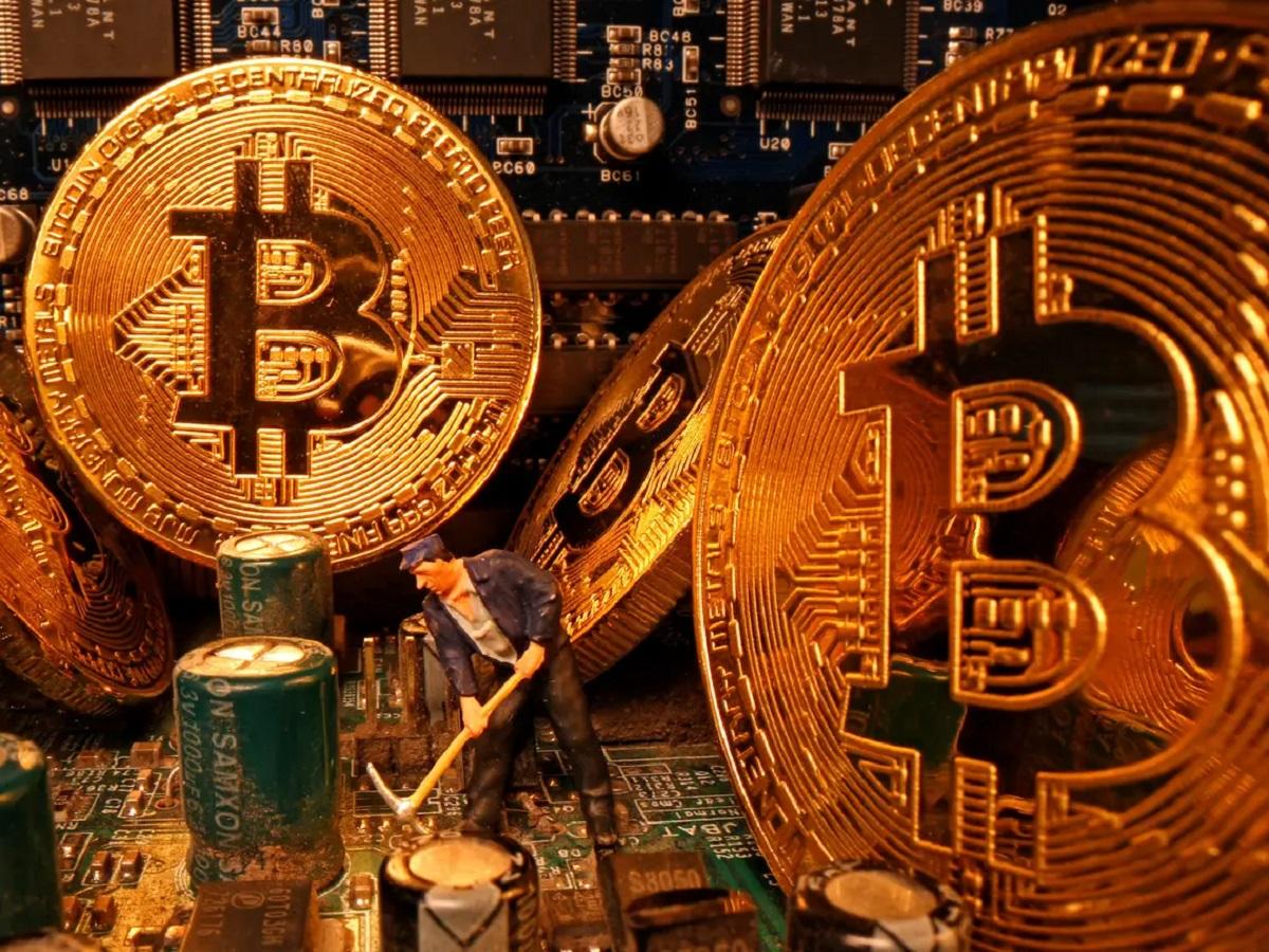 Teeka Tiwari: Why Bitcoin Will Still Be My No. 1 Investment Idea in 2021