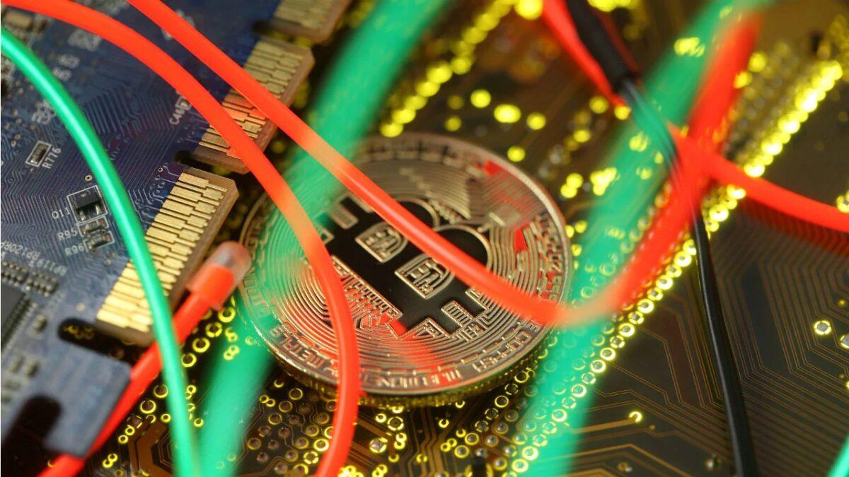 Teeka Tiwari: What's Going on With Bitcoin?